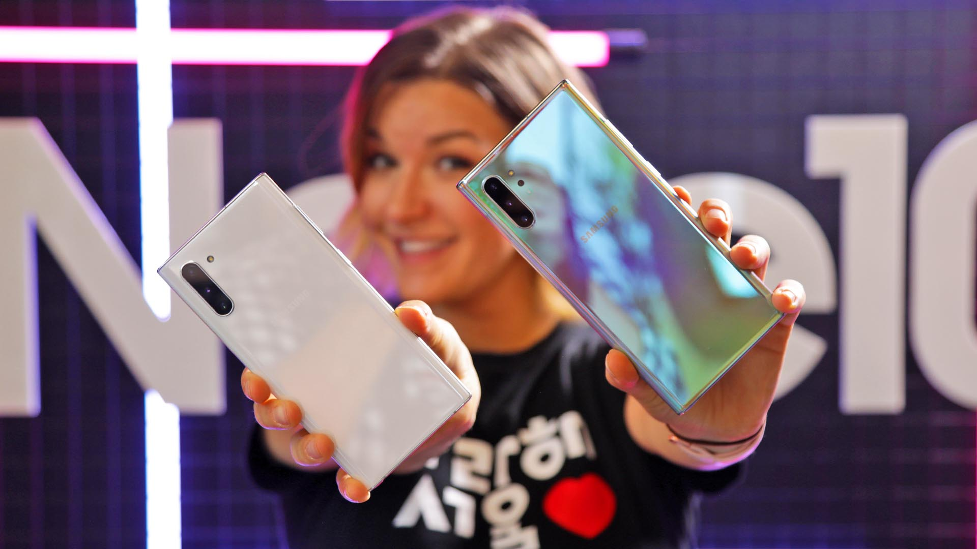Hands-on Samsung Galaxy Note 10: prime impressioni thumbnail