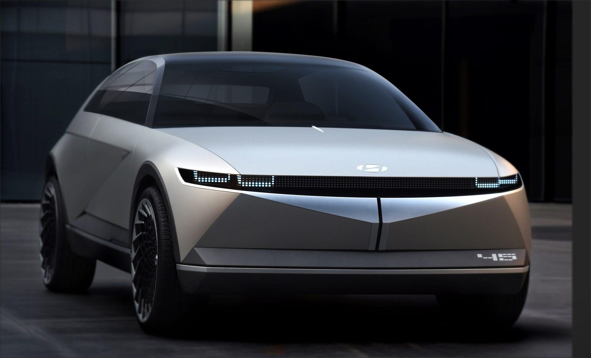 Hyundai svela al Salone di Francoforte il concept elettrico 45 thumbnail