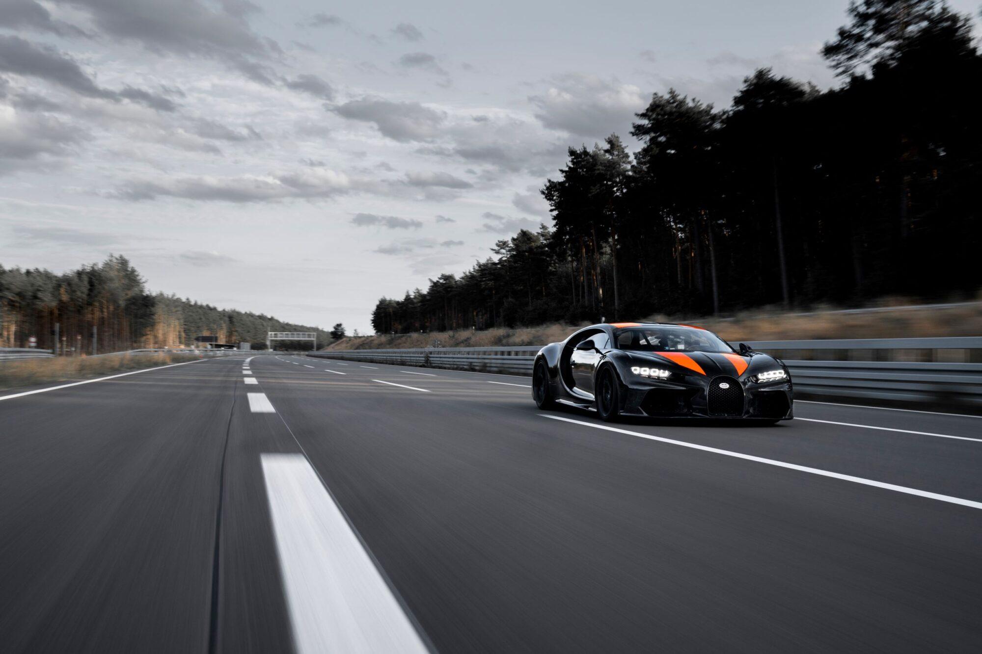 Bugatti Chiron Super Sport 300+: già sold out le 30 unità previste thumbnail