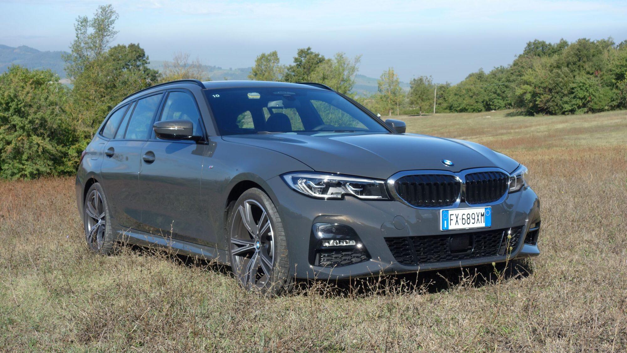 BMW Serie 3 Touring test drive: l'icona della Casa bavarese si rinnova thumbnail