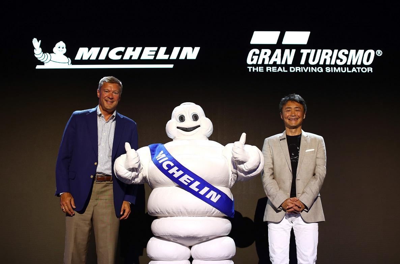 Gran Turismo Sport ancora più reale: arriva il cambio gomme thumbnail