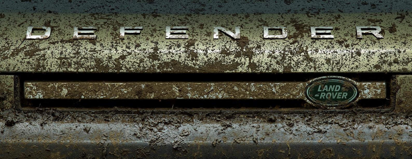 Nuova Land Rover Defender pronta al debutto mondiale thumbnail