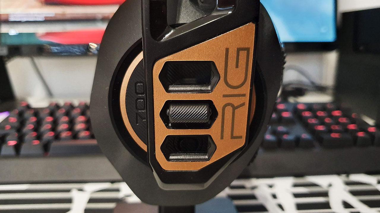 RIG 700HD recensione: le cuffie da gaming wireless e super leggere thumbnail