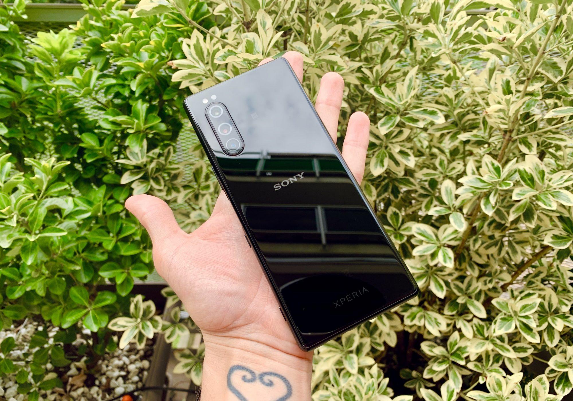 Sony Xperia 5 recensione: ergonomia e originalità thumbnail