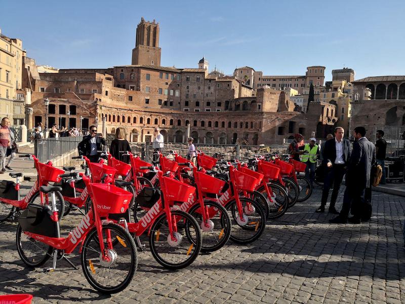 JUMP, l'e-bike sharing di Uber, arriva a Roma thumbnail