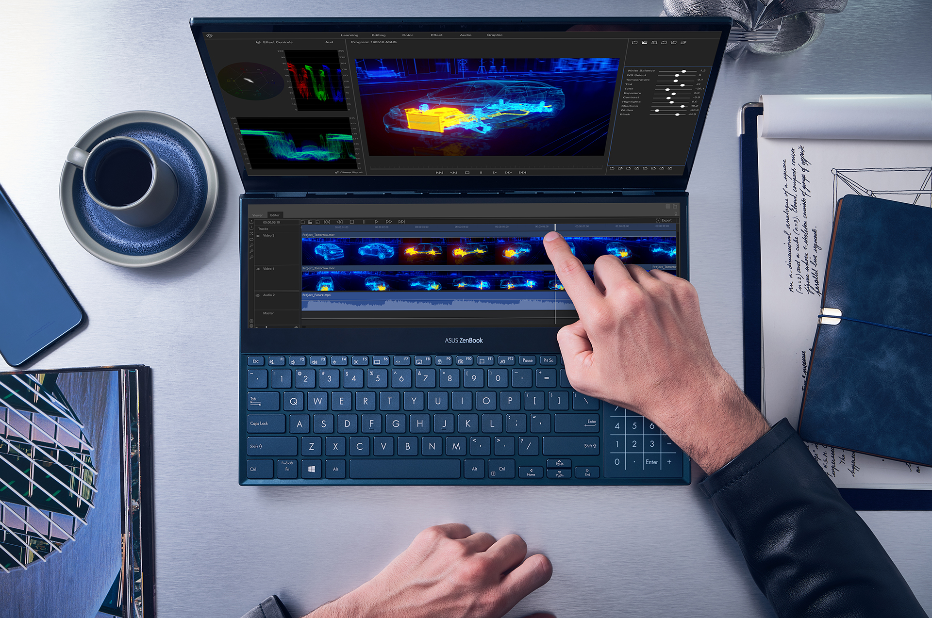 Asus Zenbook Pro Duo: arriva il laptop con schermo OLED UHD 4K thumbnail