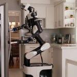 robot VR Toyota