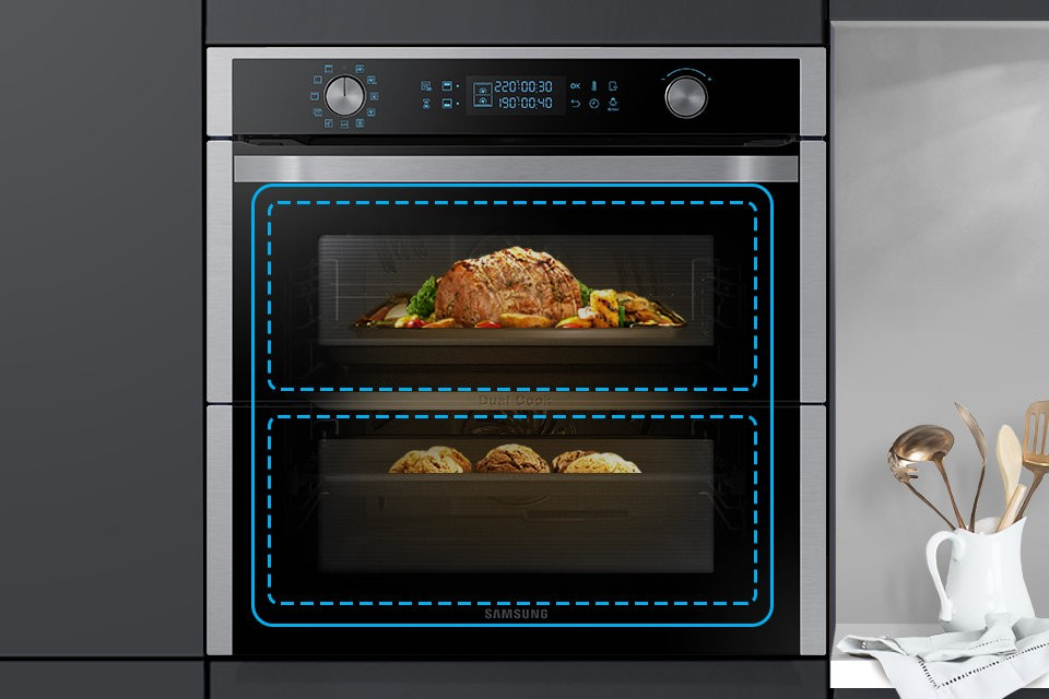 Samsung Dual Cook Flex e Davide Oldani partner in cucina per Halloween thumbnail