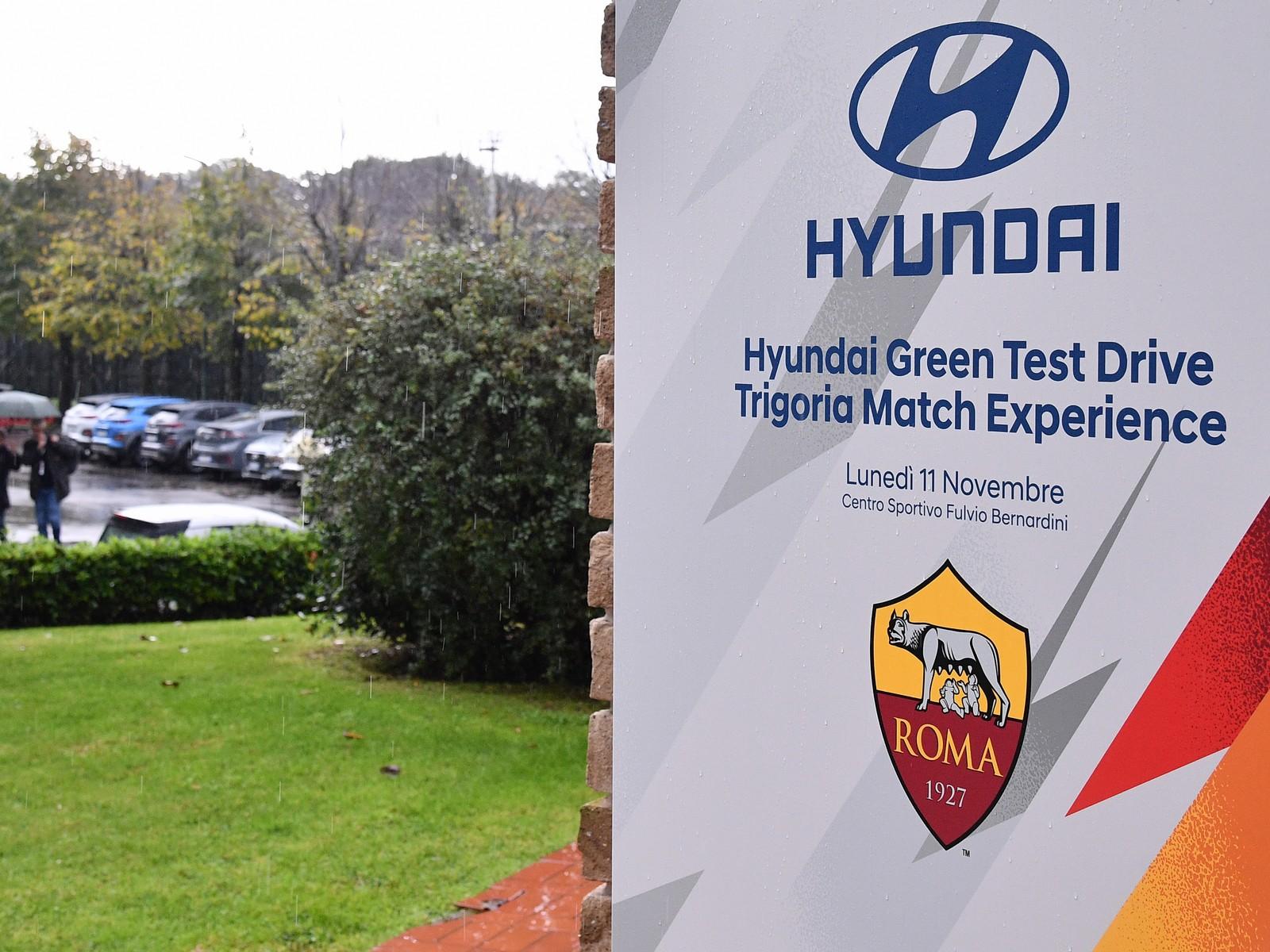 Hyundai Kona Hybrid vs traffico di Roma: chi vince al 90º? thumbnail