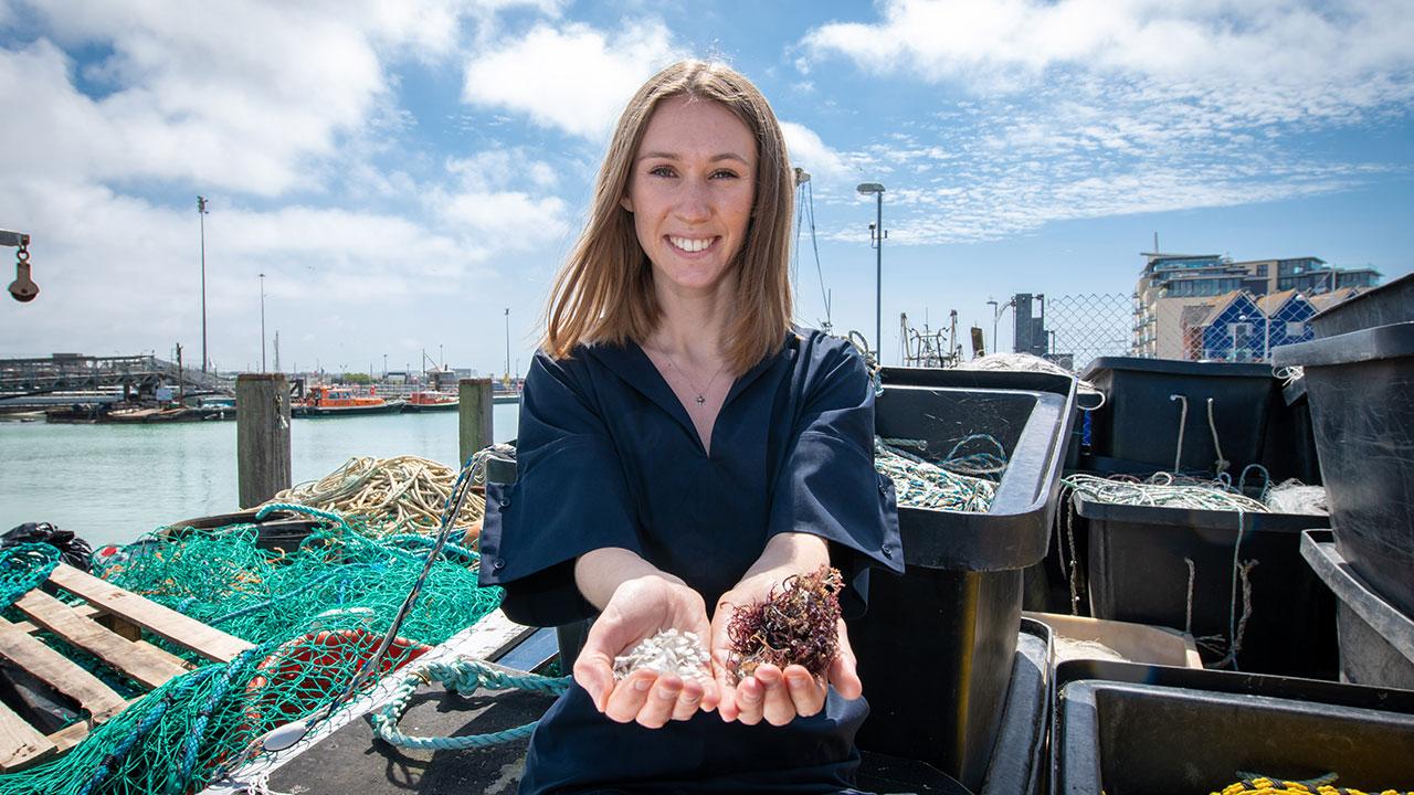 James Dyson Award 2019: vince la bioplastica marina thumbnail