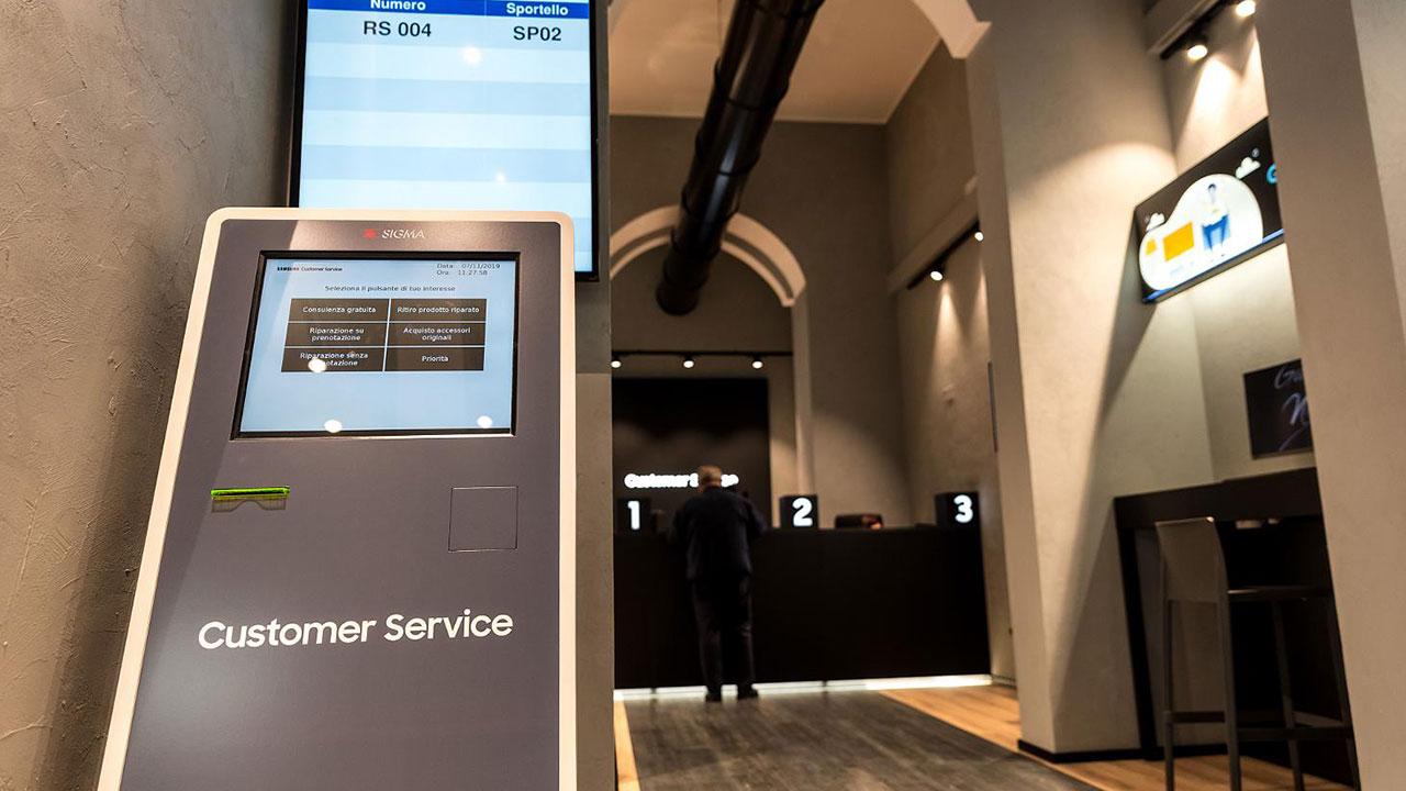 Samsung Customer Service a Roma: ecco cosa offre thumbnail
