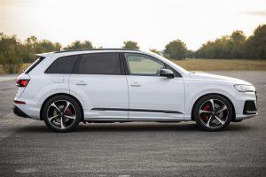 Audi Q7 TFSI e quattro diventa ibrida plug-in