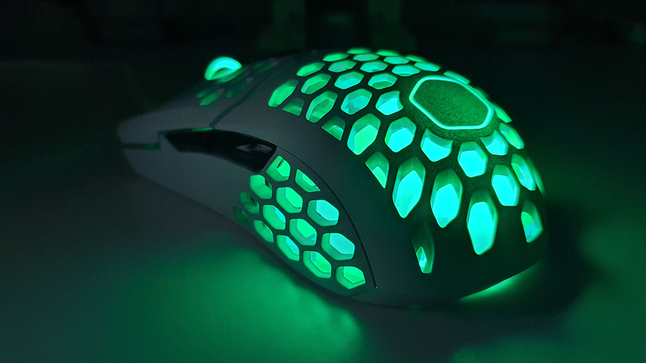 Cooler Master MM711 recensione: design insolito ed ottime performance thumbnail