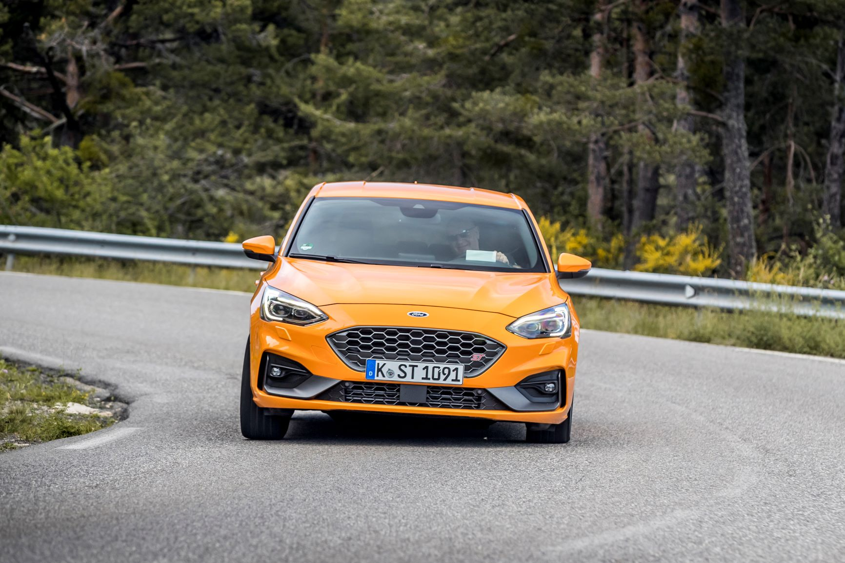 Ford Focus ST guida