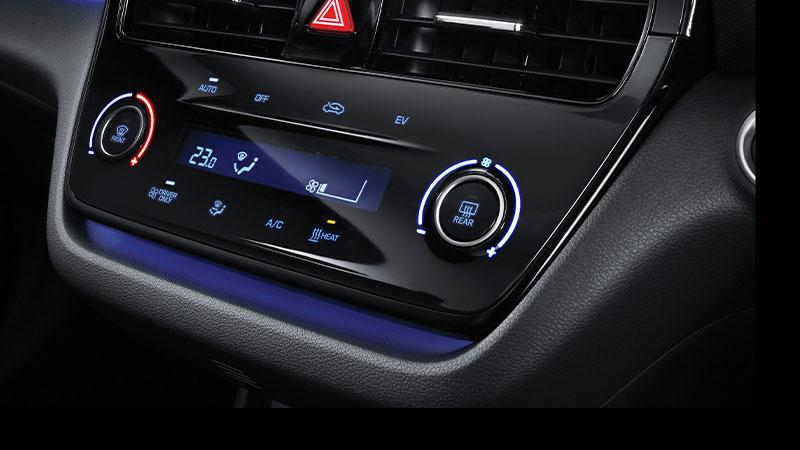 Hyundai Ioniq comandi clima