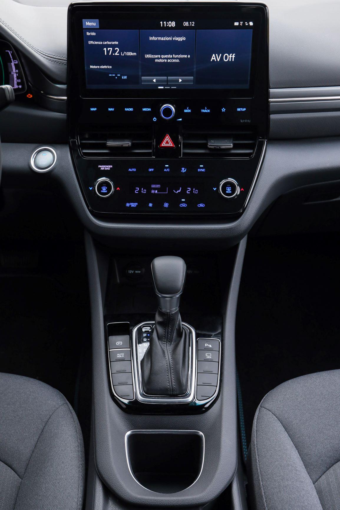 Hyundai Ioniq plancia