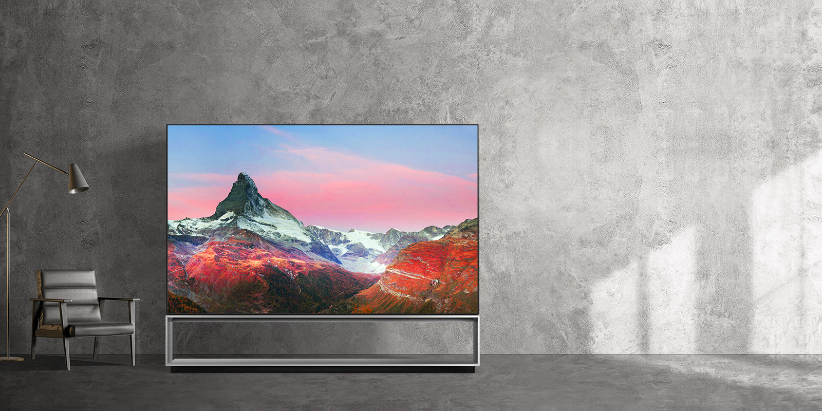 TV-SIGNATURE-OLED-8K-Image-Retention-Desktop