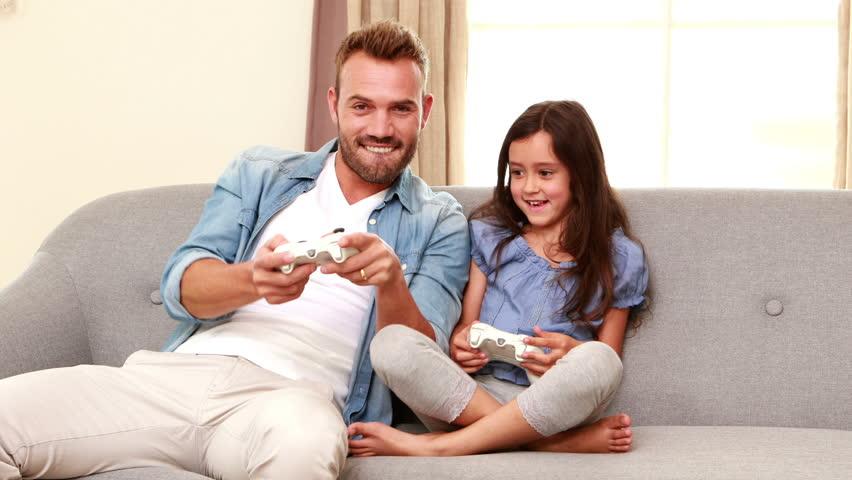 indagine microsoft genitori italiani giocano con figli