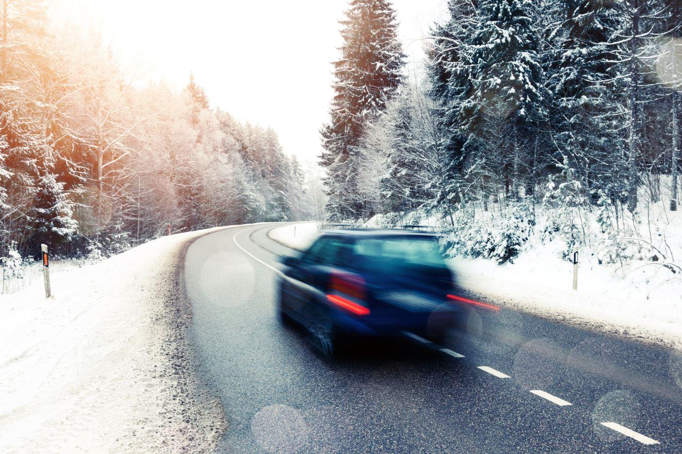 batteria della tua auto-consigli-invernali