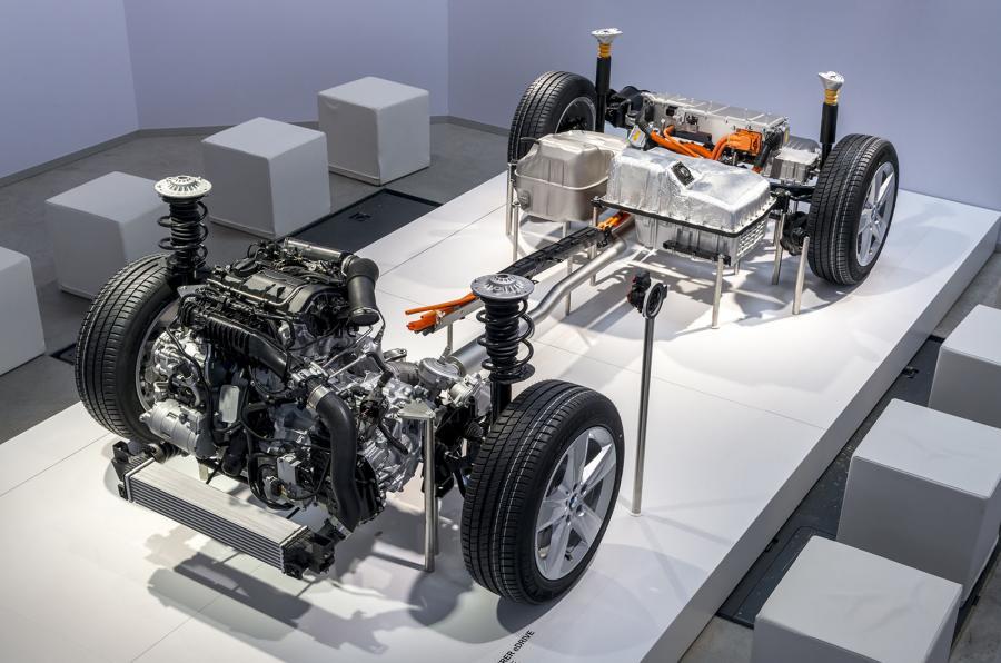 BMW X1 xDrive25e powertrain