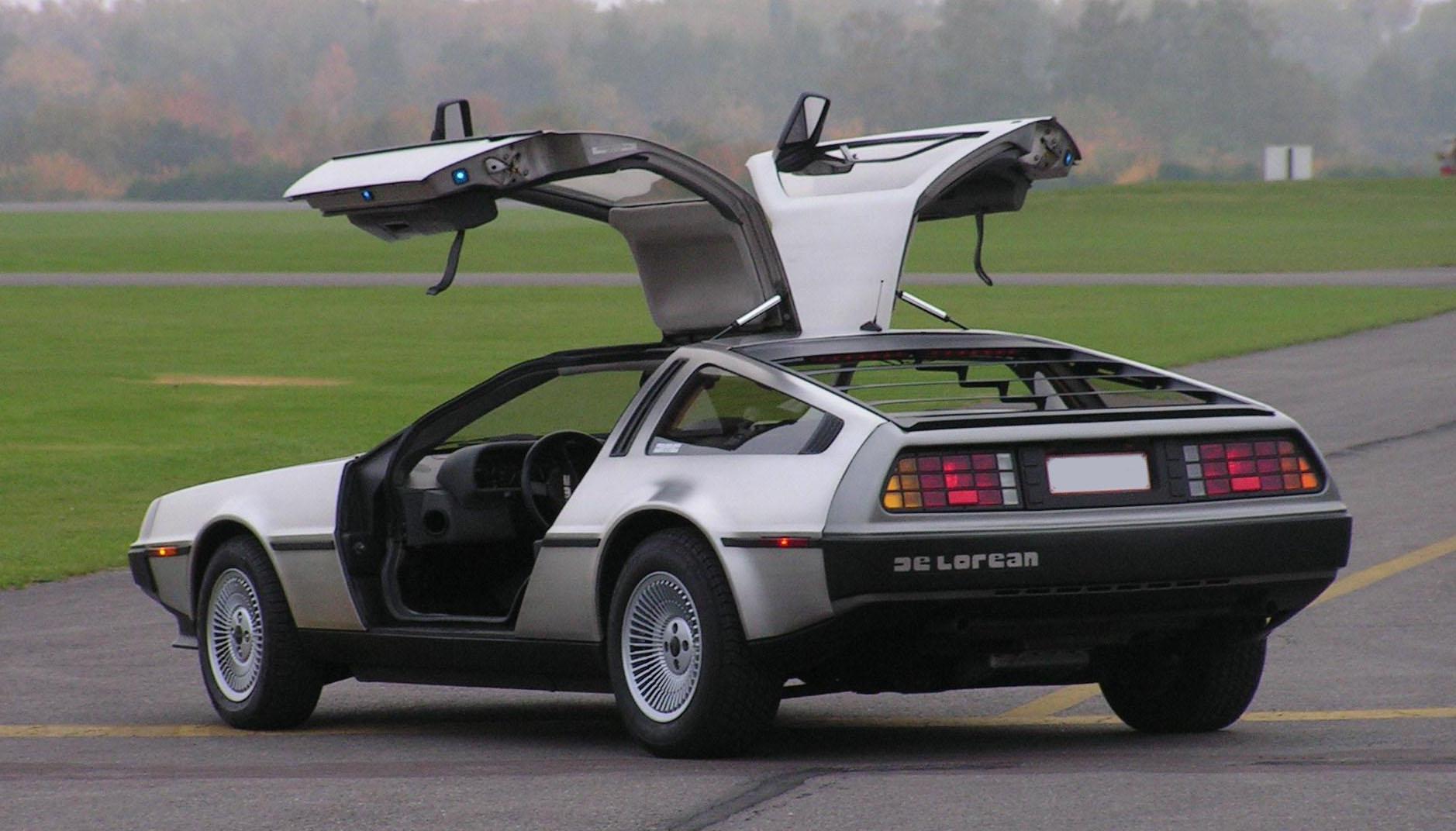 DeLorean DMC-12 posteriore