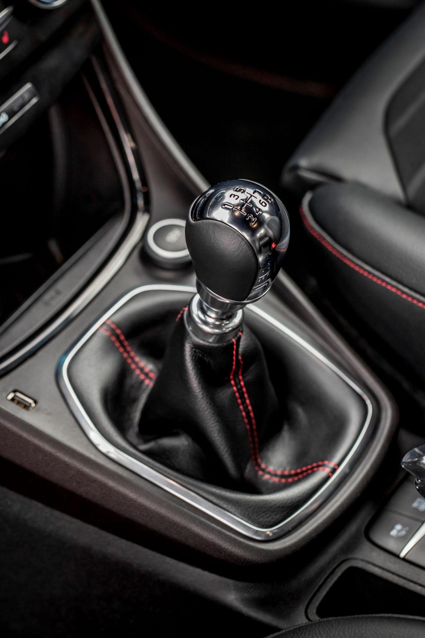 Ford Puma cambio manuale