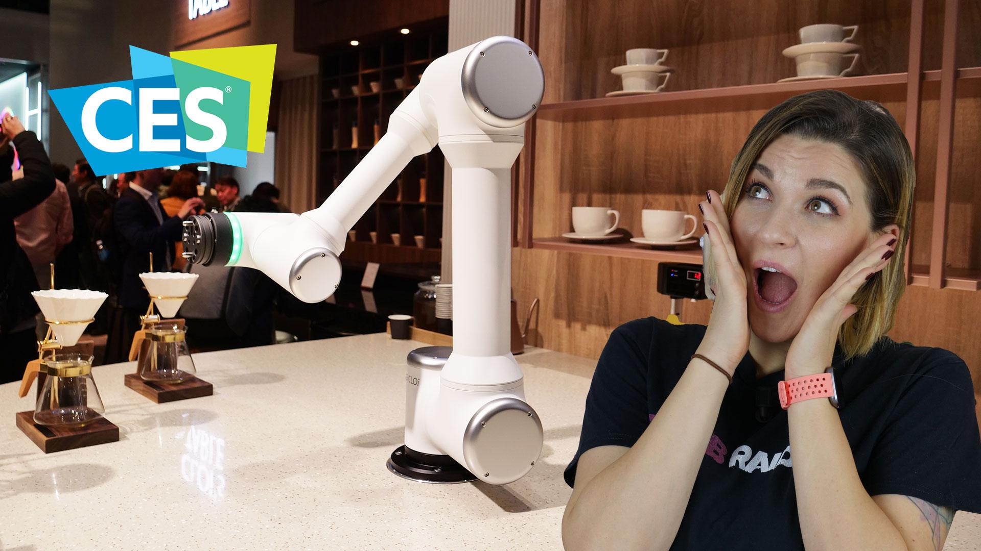 La Smart Home di LG: porte smart per corrieri e mega bracci robot da cucina | CES 2020 thumbnail