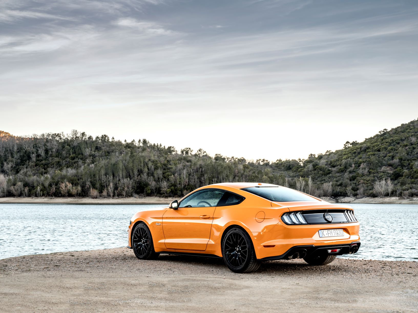 Migliori auto sportive low cost Ford Mustang gt 2