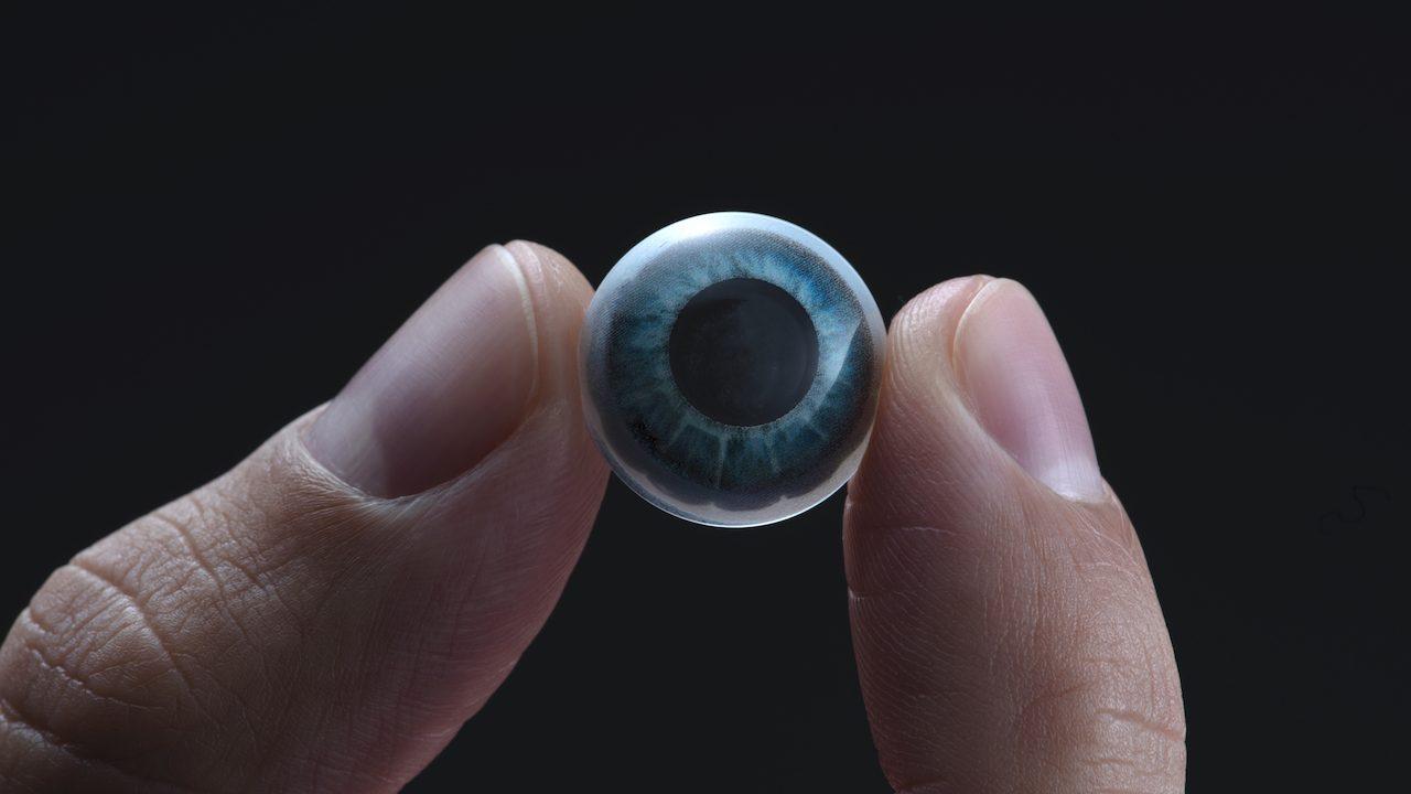 Svelate le prime lenti a contatto smart che donano i superpoteri thumbnail