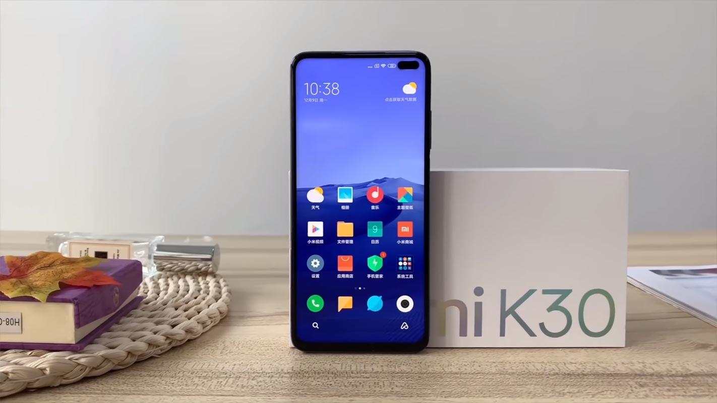 Xiaomi Pocophone F2: in arrivo anche la versione lite thumbnail