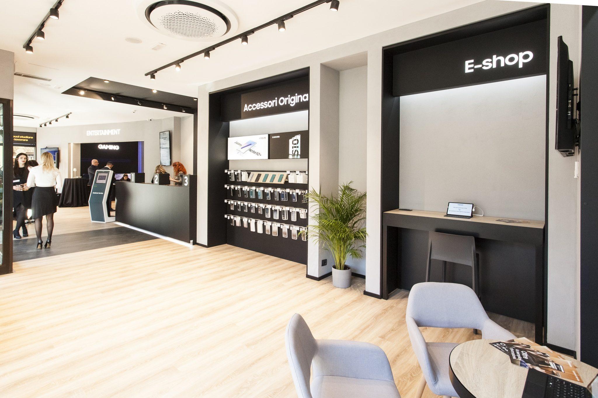Samsung Customer Service: apre a Brescia la nuova sede thumbnail