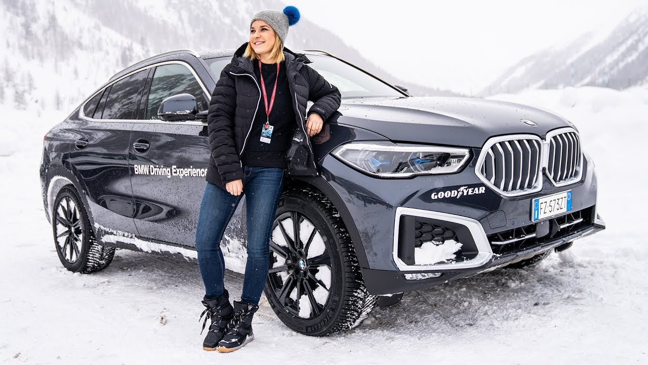 Guidare sulla neve? Potete imparare con il corso BMW Driving Experience thumbnail