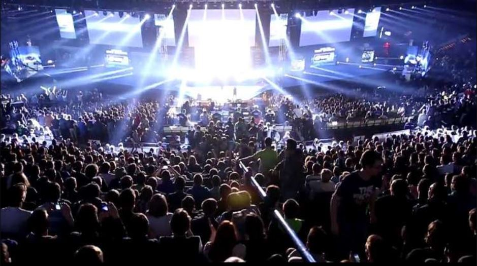 ESL e Blizzard: nuovi tornei in arrivo per Starcraft II e Warcraft III: Reforged thumbnail