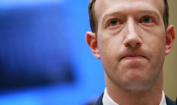 mark hamill accusa mark zuckerberg
