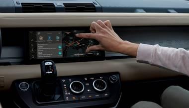 Land Rover Defender con connettività Dual eSIM presentata a Las Vegas thumbnail