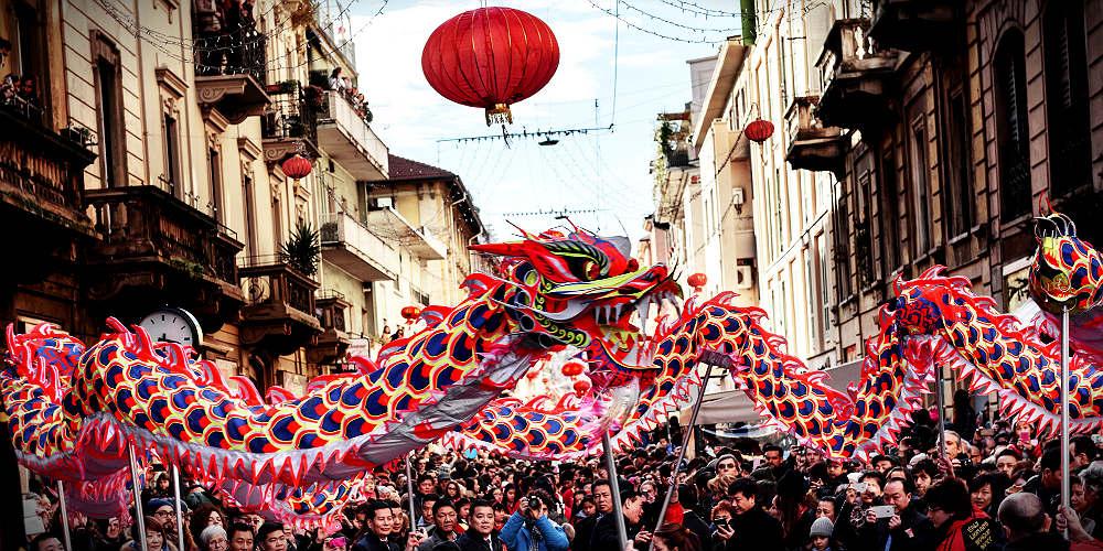 capodanno cinese uber eats milano parata