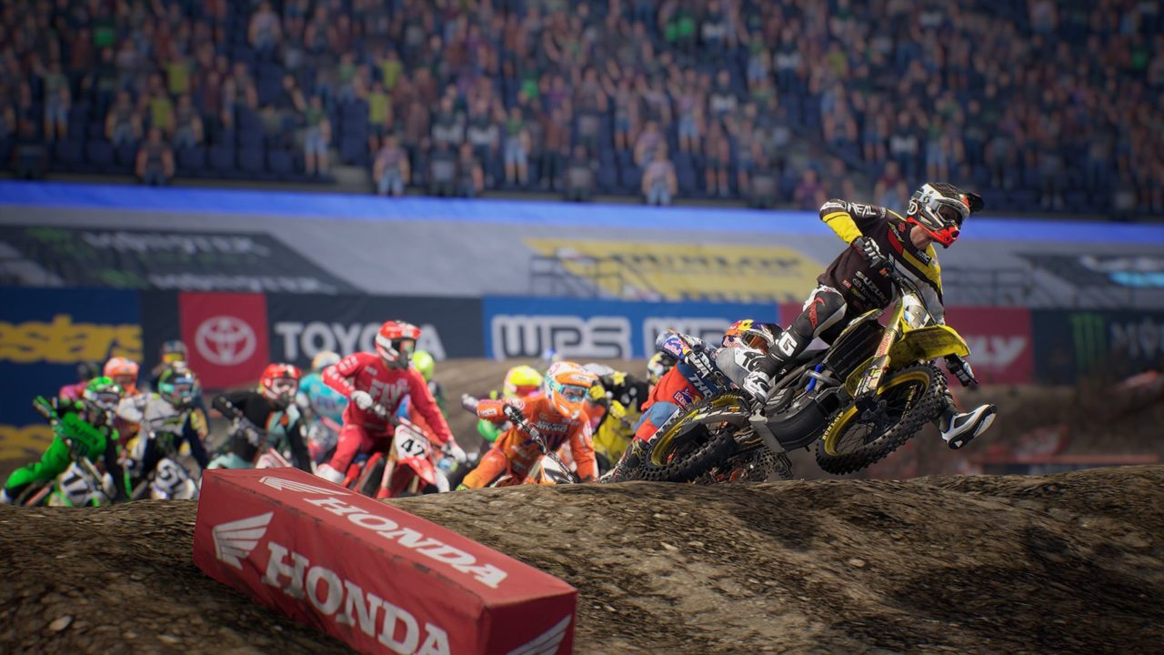 Monster Energy Supercross: rap e gaming uniti in un video thumbnail