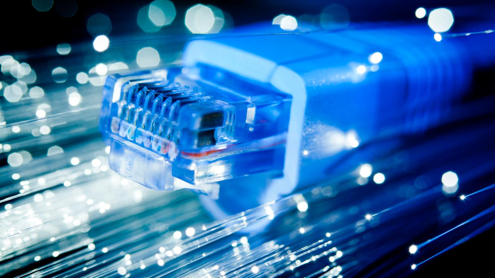 """TIM accelera lo sviluppo della fibra ottica nelle """"aree bianche"""" in Sardegna thumbnail"""