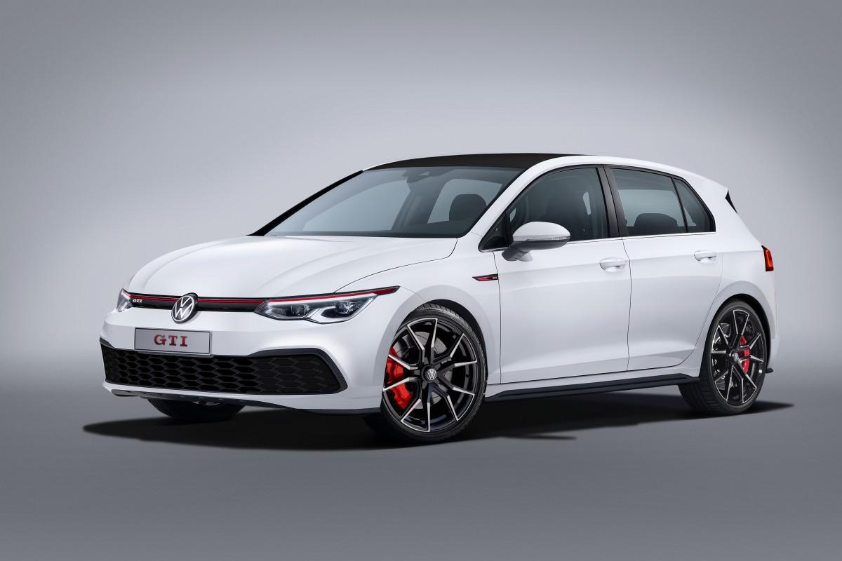 La Volkswagen Golf 8 GTI debutterà al Motor Show di Ginevra thumbnail