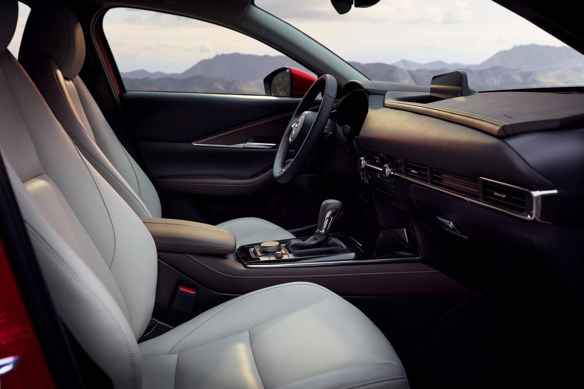 Mazda CX-30 Sedili