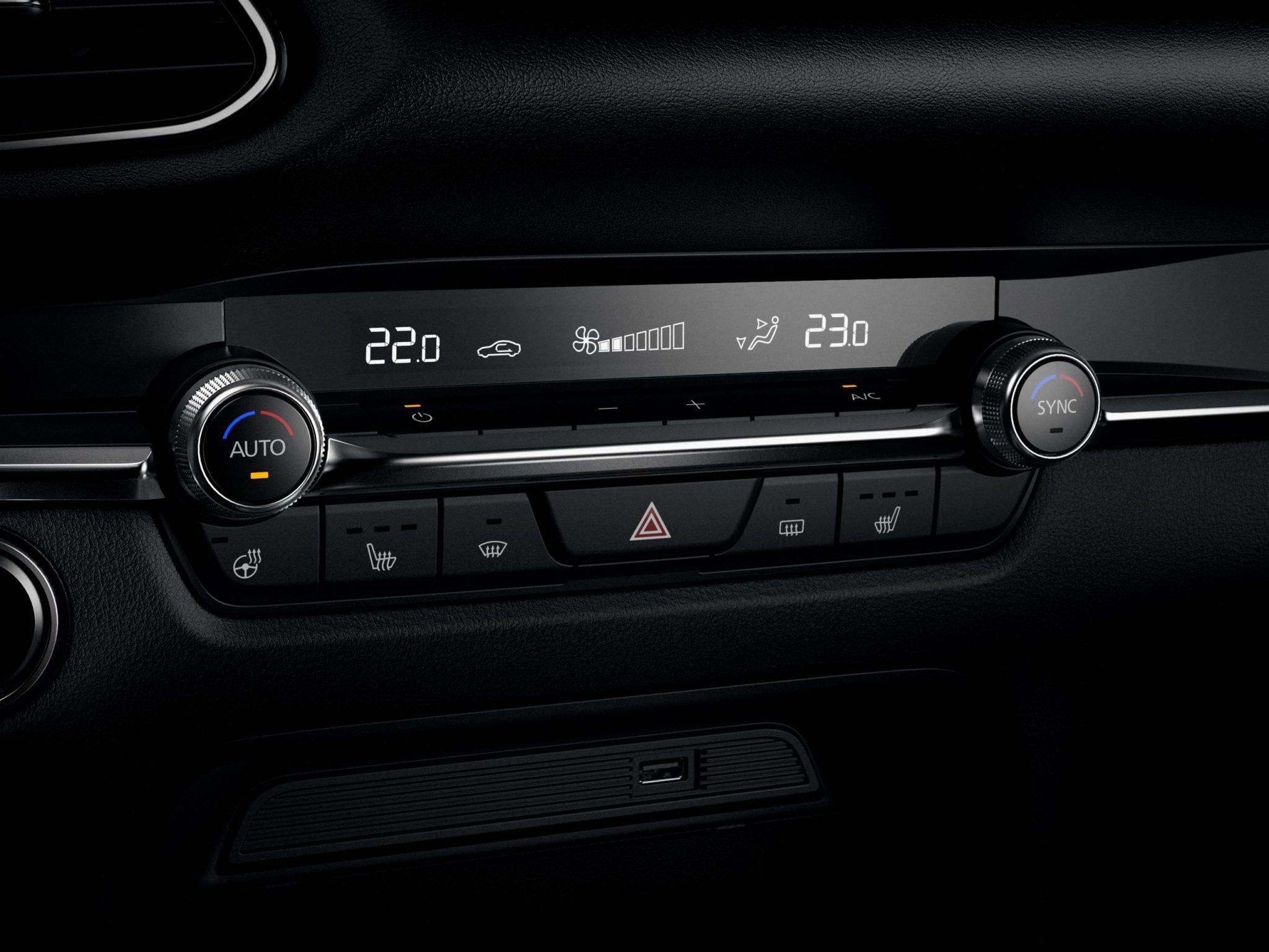 Mazda CX-30 clima