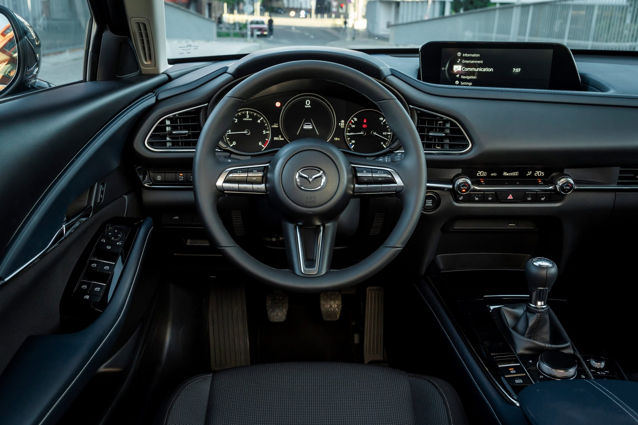 Mazda-CX-30 infotainment