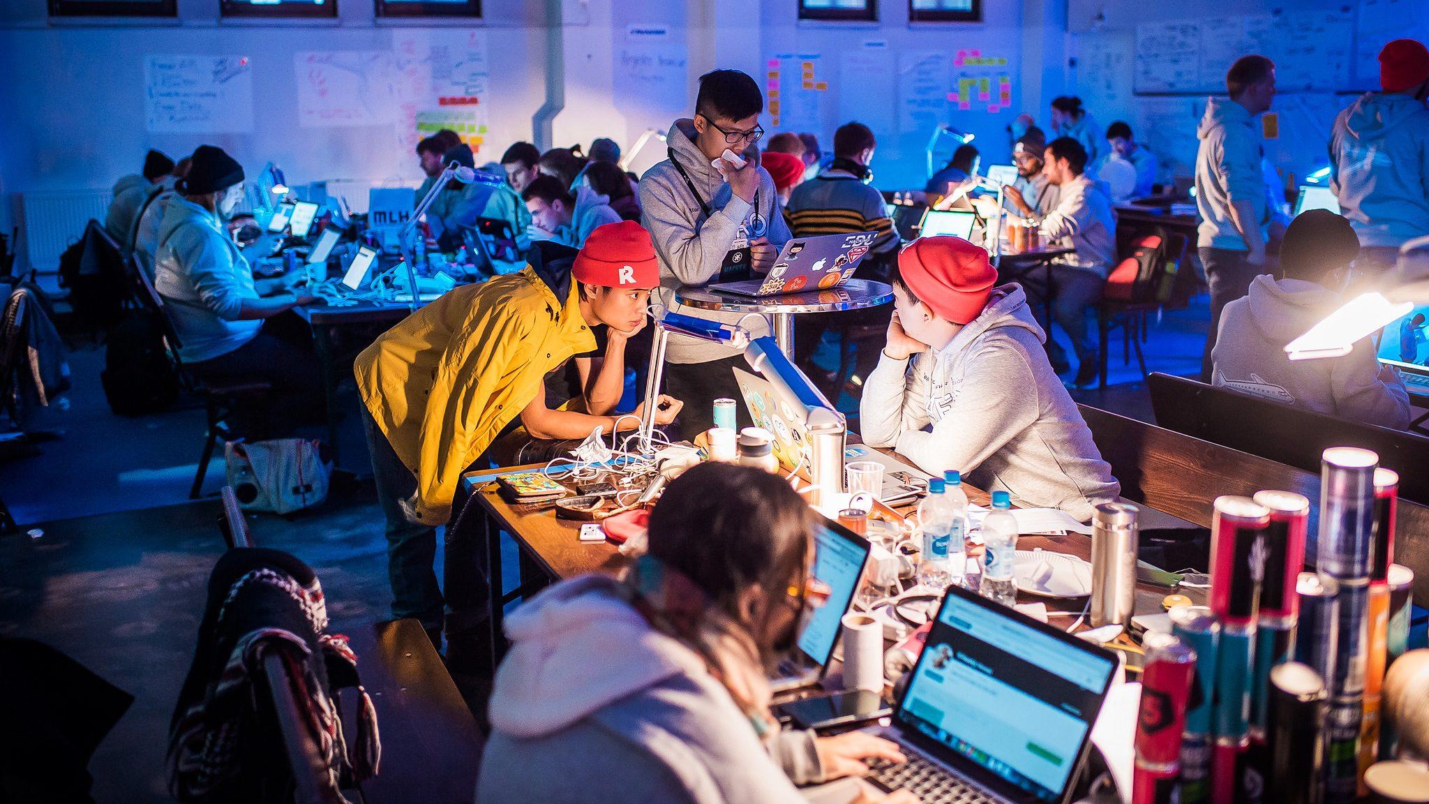 L'intelligenza artificiale al centro della prima hackathon BTicino thumbnail