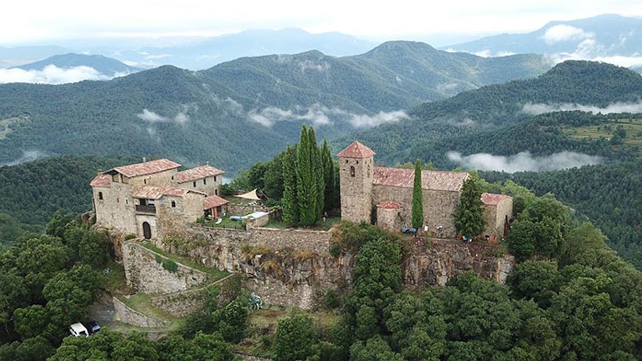 Castello medievale: perché non affittarne uno in Spagna? thumbnail