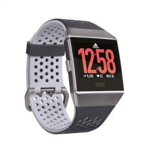 promozione San Valentino Fitbit ionic Adidas