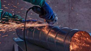 La prima iniziativa scuola-lavoro per sensibilizzare i giovani sul mondo dell'acciaio