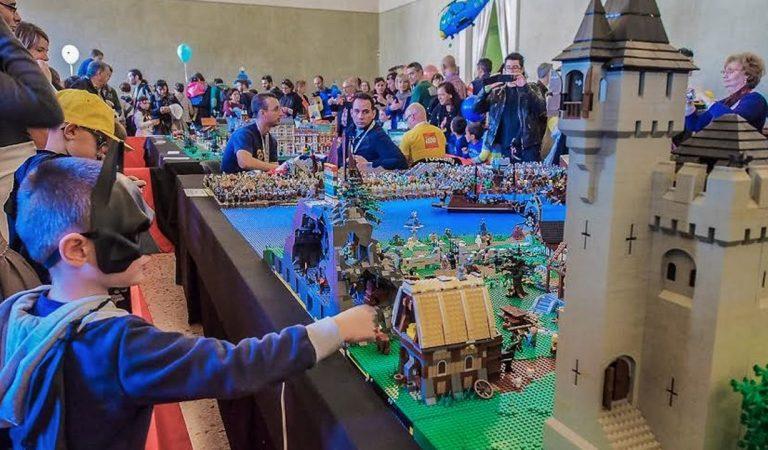 Lucca Collezionando: quest'anno il fumetto si fa coi LEGO