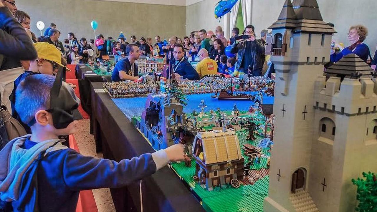 Lucca Collezionando: quest'anno il fumetto si fa coi LEGO thumbnail