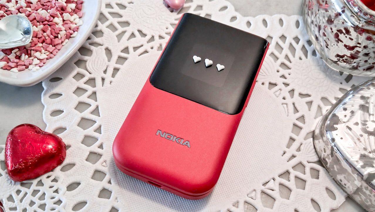 Il Nokia 2720 Flip è disponibile anche in rosso! thumbnail