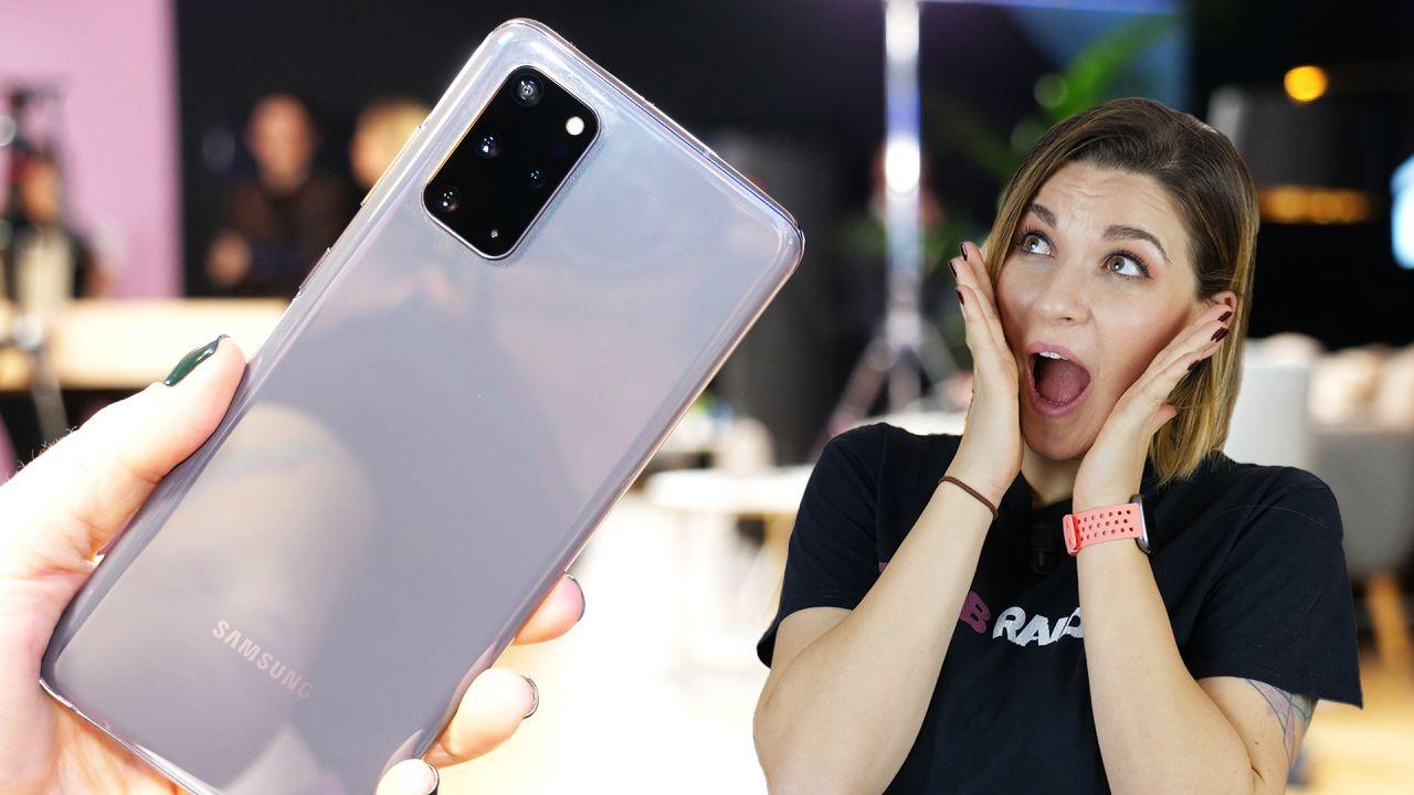 Samsung Galaxy S20 provato in anteprima. La famiglia si fa in tre con l'arrivo di Ultra thumbnail
